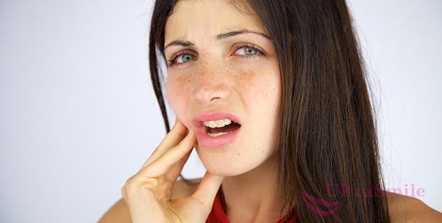 Сколько после отбеливания болят зубы: как долго длится дискомфорт, что делать и чем снять боль?